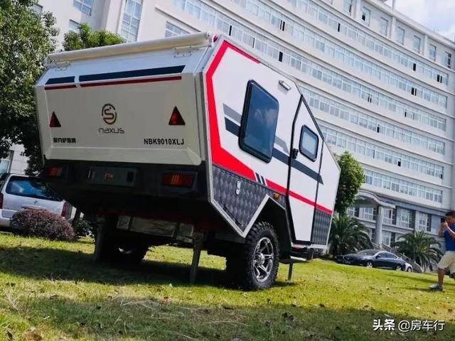 11.15上海房车展:耐克萨斯越野小拖挂房车,超全功能可上牌上路-2.jpg
